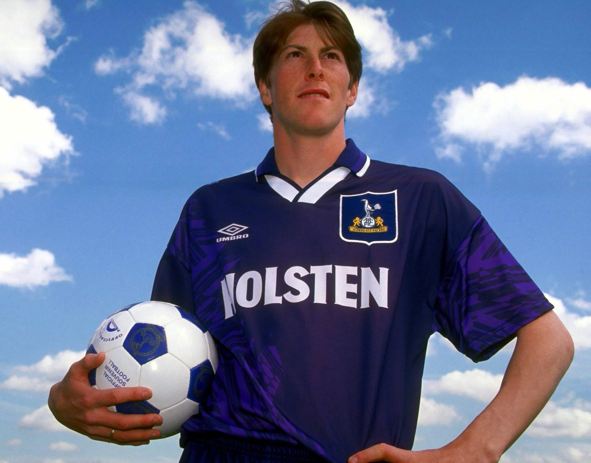 A slice of Premier League genius: Darren Anderton | FootballFanCast.com